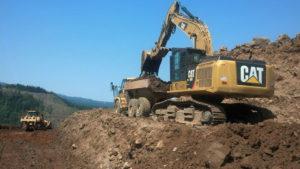 siegmund-road-build-excavator-and-dump-truck